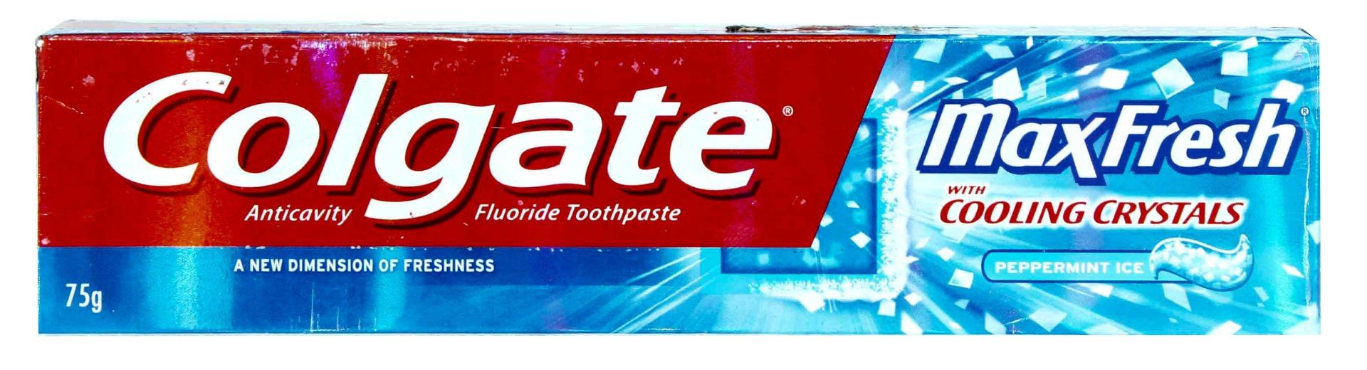 colgate max fresh Colgate max fresh toothpaste - cool mint, 19oz colgate max fresh with whitening toothpaste cool mint anticavity fluoride toothpaste.